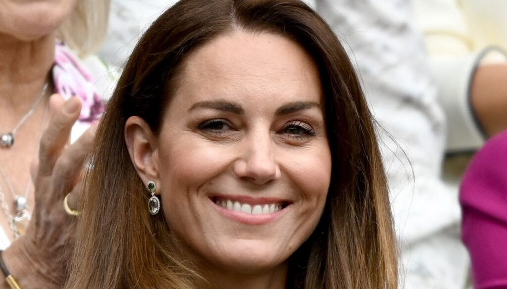 Kate Middleton pregnant: new proofs in the look at her brother's wedding