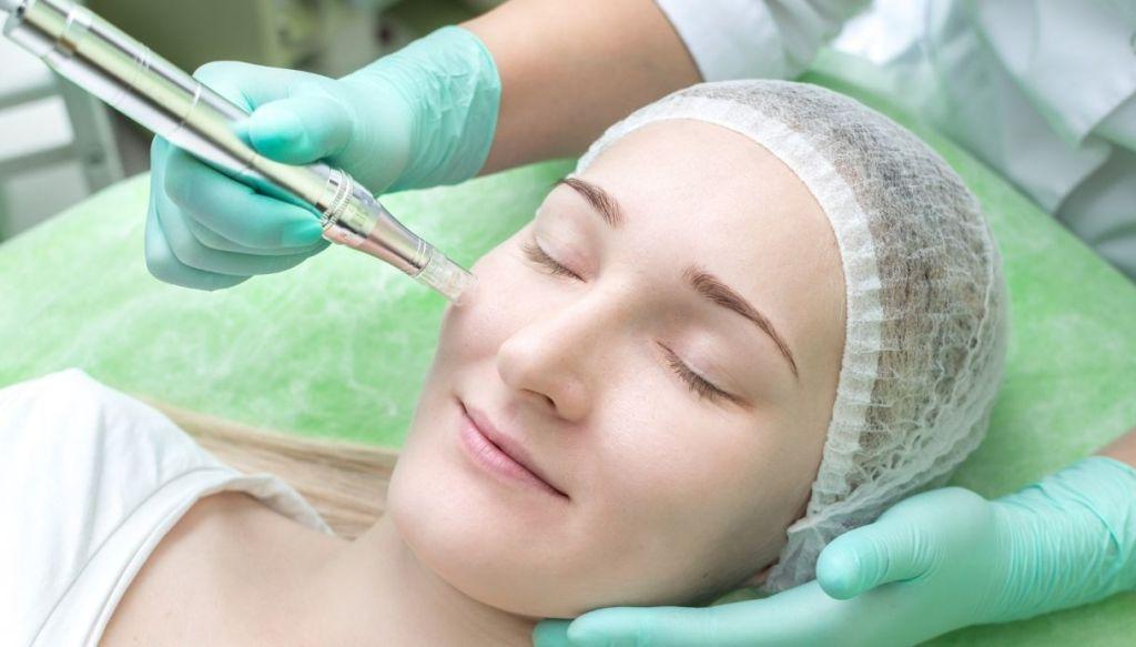 woman facial beauty treatment BB Glow semi-permanent foundation