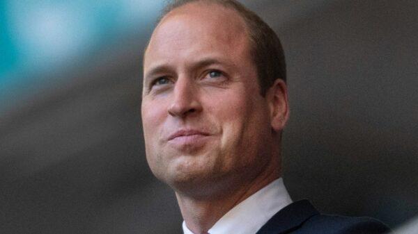 William like Diana, her popularity annoys Carlo
